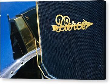 1916 Pierce-arrow 48 Phaeton Grille Emblem Canvas Print