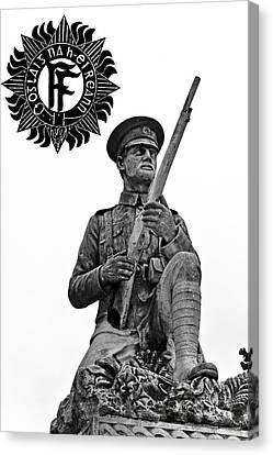 1916 Volunteer Canvas Print by David Doyle