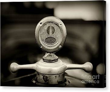 1919 Ford Model T Hood Ornament In Black And White Canvas Print by Paul Ward