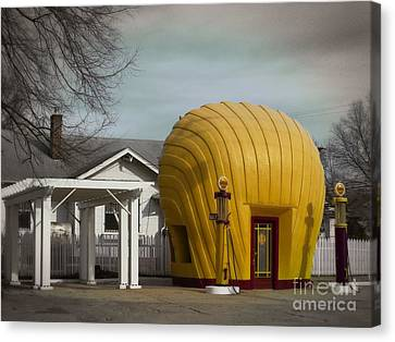 1930 Shell Station Canvas Print