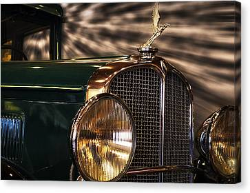 1931 Oakland Sports Coupe Canvas Print by Thomas Woolworth