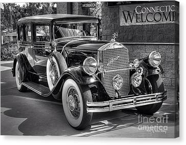 1931 Pierce Arrow Black And White Canvas Print by Kevin Ashley