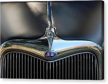1935 Ford Grill Canvas Print