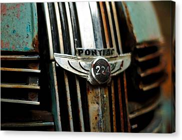 1937 Pontiac 224 Grill Emblem Canvas Print by Trever Miller