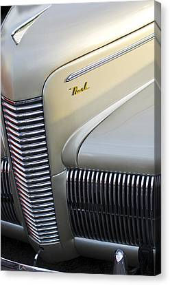 1940 Nash Grille Canvas Print by Jill Reger