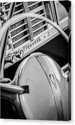 1940 Plymouth Deluxe Woody Wagon Steering Wheel Emblem -0116bw Canvas Print by Jill Reger