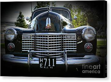 1941 Cadillac Front End Canvas Print by Paul Ward