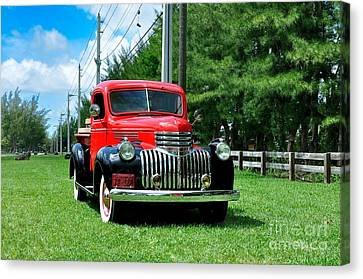 1946 Chevy Short Bed Canvas Print by Andres LaBrada