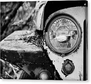 1948 Jeep Willys In Black And White Canvas Print by Lisa Russo
