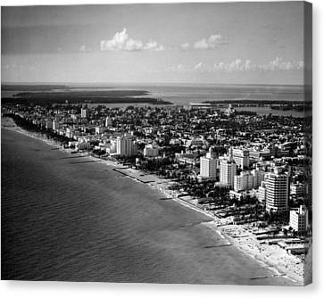 1948 Miami Beach Florida Canvas Print by Retro Images Archive