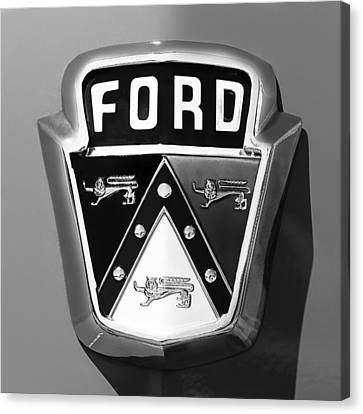 1950 Ford Custom Deluxe Station Wagon Emblem Canvas Print