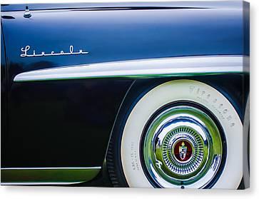 1952 Lincoln Derham Town Wheel Emblem -0416c Canvas Print by Jill Reger