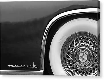 Sterling Canvas Print - 1952 Sterling Gladwin Maverick Sportster Wheel Emblem - 0321bw by Jill Reger
