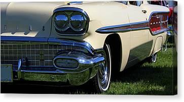 1958 Pontiac Strato Chief Canvas Print by Davandra Cribbie