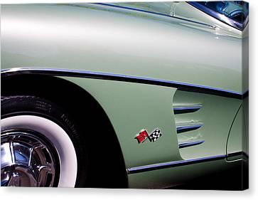 1960 Chevy Corvette Canvas Print by David Patterson