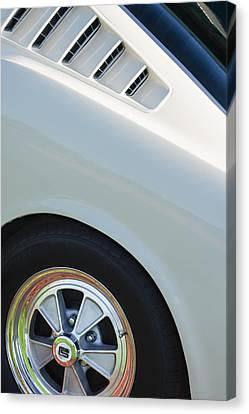 1965 Shelby Mustang Gt350 Wheel Emblem Canvas Print