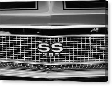 1968 Chevrolet Chevelle Ss 396 Grille Emblem Canvas Print by Jill Reger