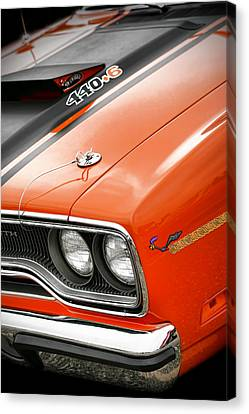 1970 Plymouth Road Runner 440 Canvas Print by Gordon Dean II