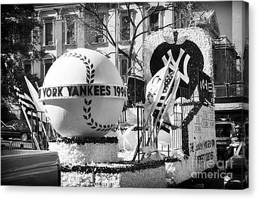 1996 Yankees Float Canvas Print by John Rizzuto