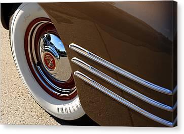 1941 Cadillac Series 62 Convertible Coupe Canvas Print - 1941 Cadillac Series 62 Coupe by Gordon Dean II