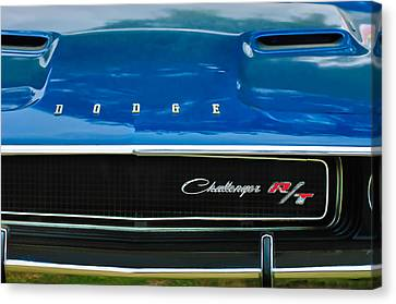 1970 Dodge Challenger Rt Convertible Grille Emblem Canvas Print