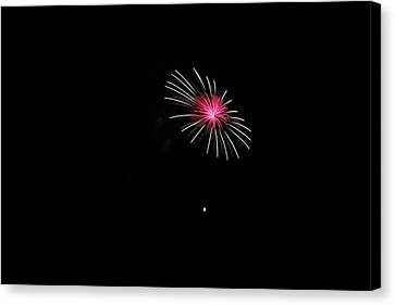 4th Of Julyfireworks Colechester Vt Canvas Print by Barretreasures Photography