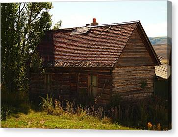 An Old Cabin In Utah Canvas Print by Jeff Swan