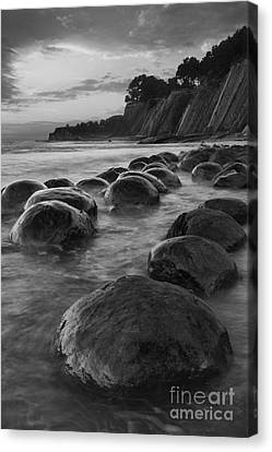 Bowling Ball Beach At Sunrise Canvas Print by Keith Kapple