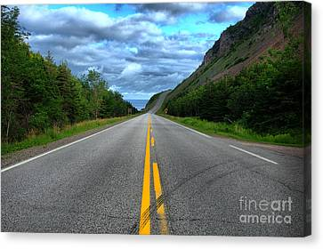 Canvas Print featuring the photograph Cabot Trail by Joe  Ng