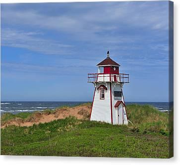 Covehead Harbour Lighthouse Canvas Print by Tony Beck