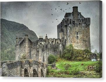 Eilean Donan Castle Canvas Print by Juli Scalzi