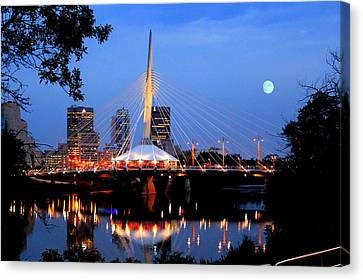 Esplanade Riel Canvas Print by Larry Trupp