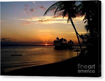 Fijian Sunset Canvas Print