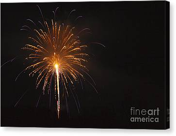 Pyrotechnic Canvas Print - Fireworks - Lincoln New Hampshire Usa by Erin Paul Donovan