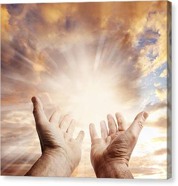 Hands In Sky Canvas Print by Les Cunliffe