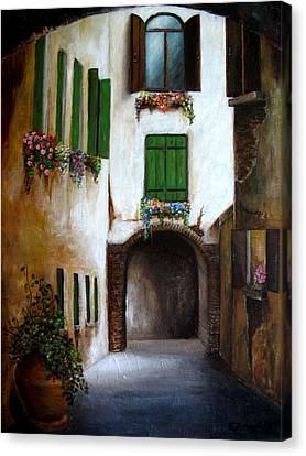 Il Vicolo Canvas Print by Edgar Torres