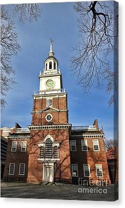 Independence Hall In Philadelphia Canvas Print