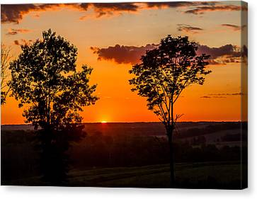 Iowa Moment Of Sunset Canvas Print