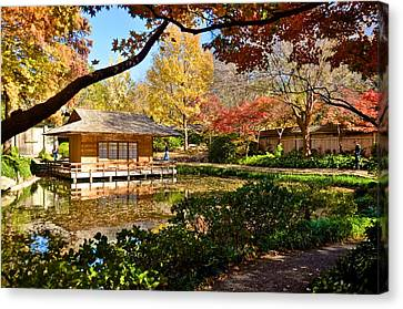 Canvas Print featuring the photograph Japanese Gardens by Ricardo J Ruiz de Porras