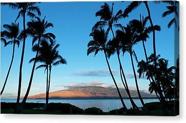 Kihei, Maui, Hawaii Canvas Print by Douglas Peebles