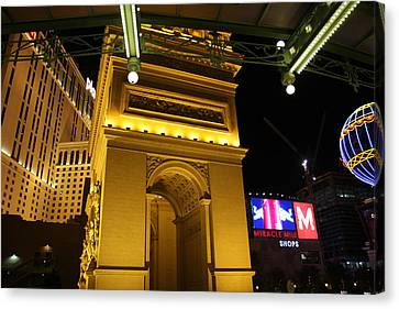 Las Vegas - Paris Casino - 12128 Canvas Print by DC Photographer