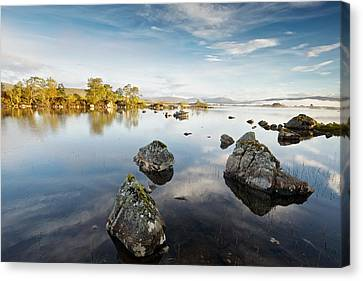 Lochan Na H-achlaise Canvas Print by Stephen Taylor