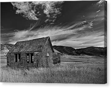 Pioneer Cabin   Canvas Print by Leland D Howard