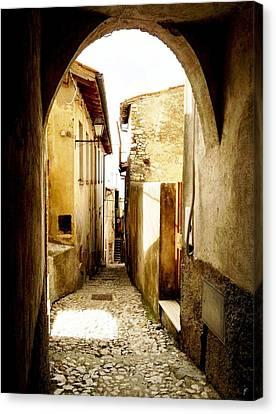 Poggio Catino Italy  Canvas Print by Giuseppe Epifani