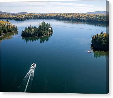 Pontoon Boat On Big Cedar Lake Canvas Print by Rob Huntley