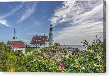 Canvas Print featuring the photograph Portland Headlight by Jane Luxton