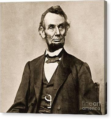 Portrait Of Abraham Lincoln Canvas Print