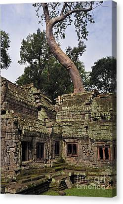 Preah Khantemple At Angkor Wat Canvas Print by Sami Sarkis