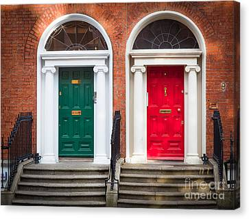 Red And Green Canvas Print by Inge Johnsson