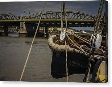 Canvas Print - Rochester Bridge by Dawn OConnor
